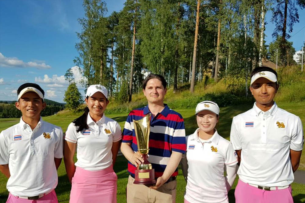 golf-winner-juha-prize.jpg